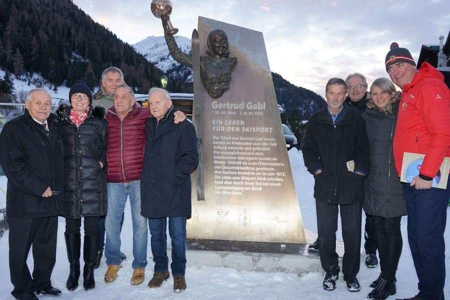 Einweihung Gertrud Gabl Denkmal